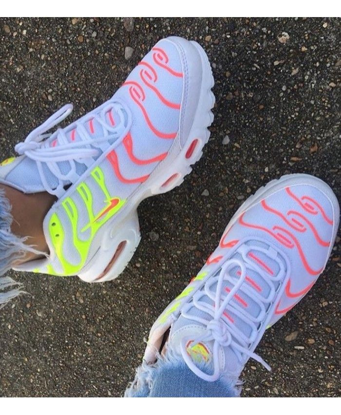 chaussures nike femme tn