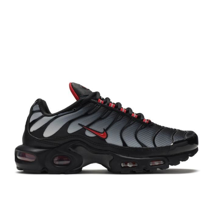 chaussure homme sport nike tn