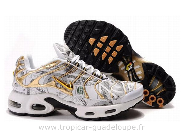 basquettes homme nike tn