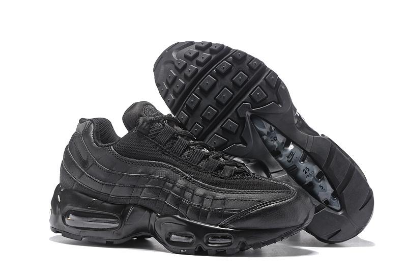 nike 95 gris et noir femme pas cher,Acheter Nike Air Max 95 Pas Cher Nike Air Max 95 Noir Et Rouge Femme