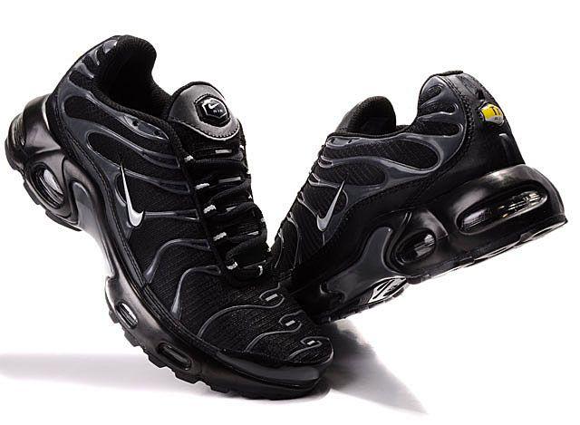 nike air max tn noireblanc,Nike AIR Max Plus TN Noire et Blanc (41) Chaussures et