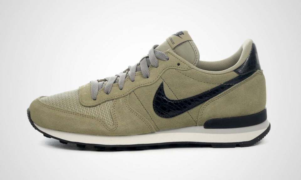 basket nike internationalist kaki